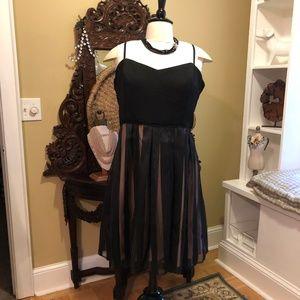 City Chic - NWT - L (20W) Black & Gold Dress